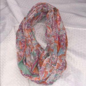 Infinity scarf